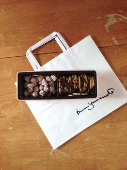 山本道子クッキーとショッパー.jpg